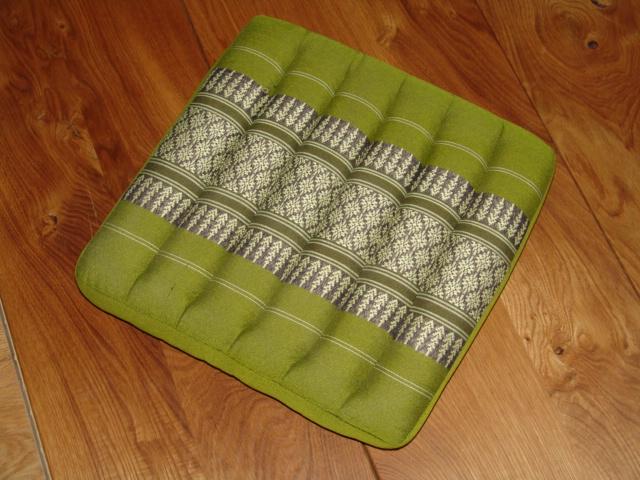 sitzkissen gro klein f r alle sitzgelegenheiten beitrag thaishop. Black Bedroom Furniture Sets. Home Design Ideas